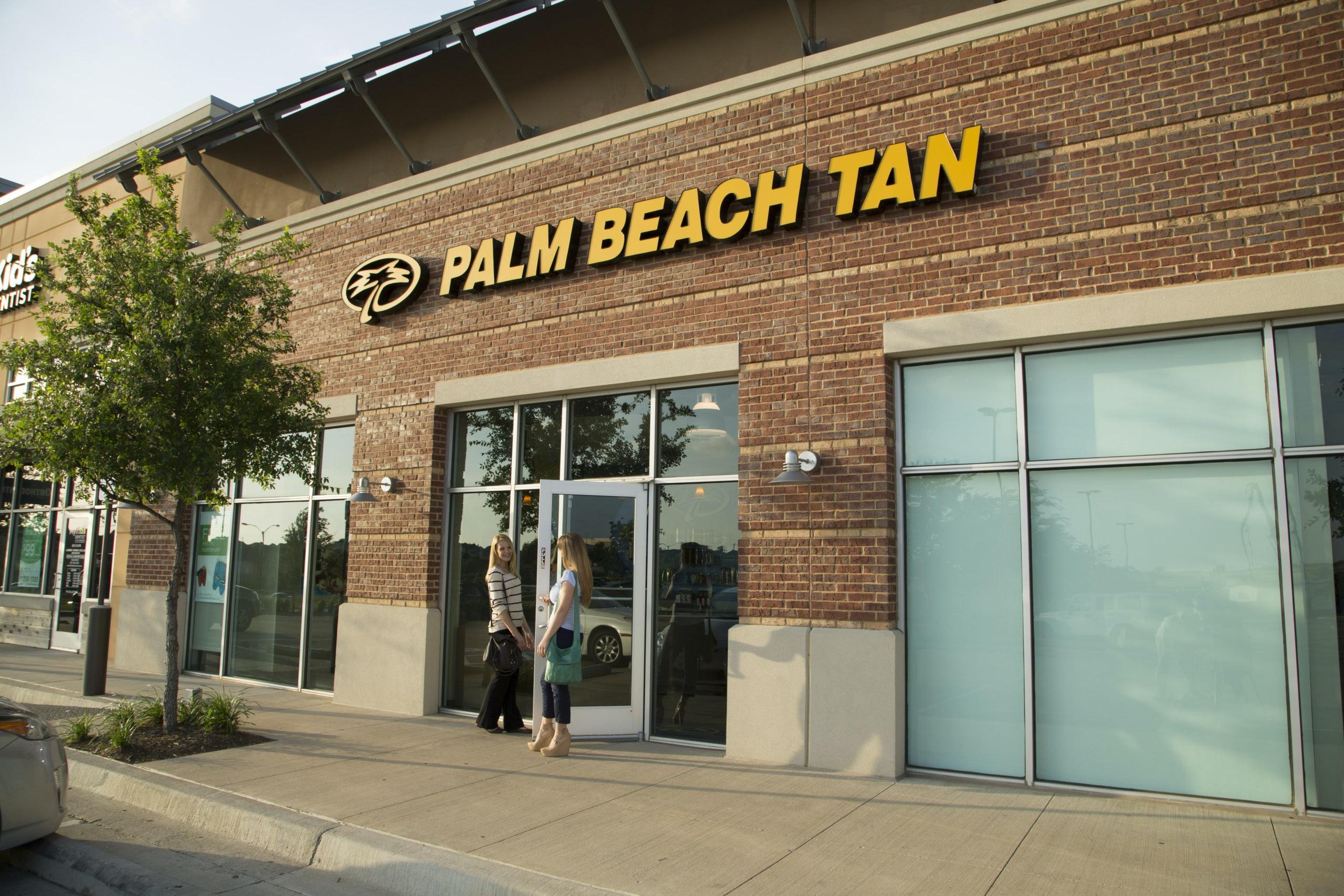 Exterior of a Palm Beach Tan location